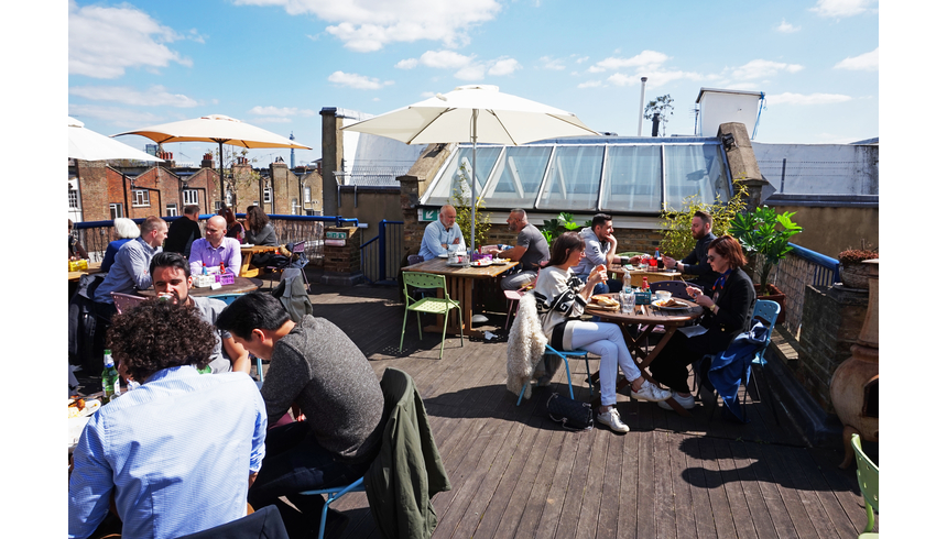 our neighbourhood regents park drink roof top kayandco